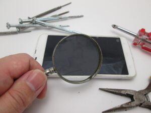iPhone検品中