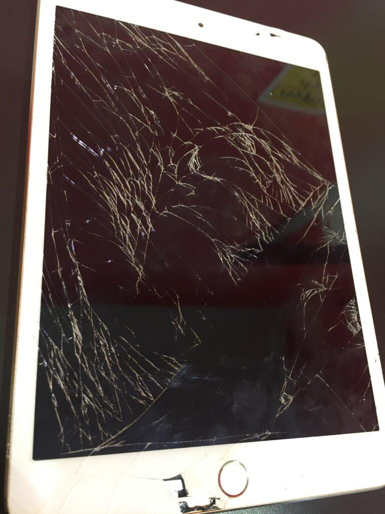 iPad mini3ガラス交換